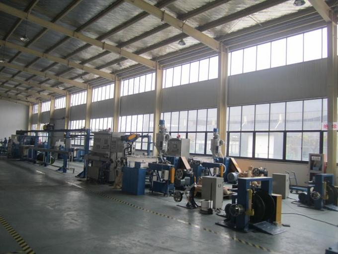 Flexible Wire Extruder Machine , Sheathed Wire Cable Extrusion Machine