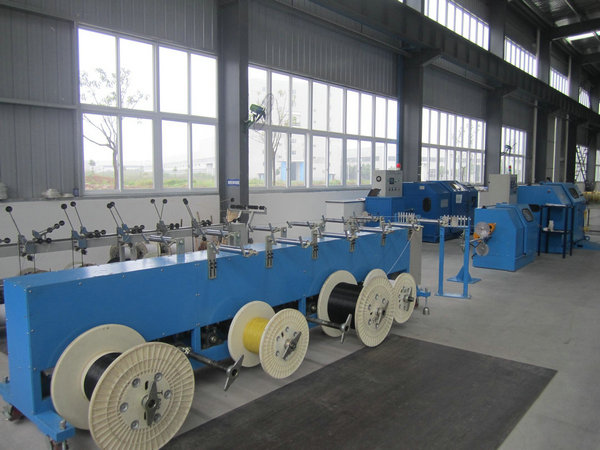 Copper Wire single cable machine / cable laying machine Dia 0.6-3mm
